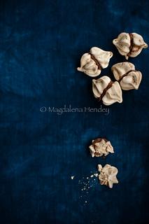 Coffee and chocolate mini meringues.