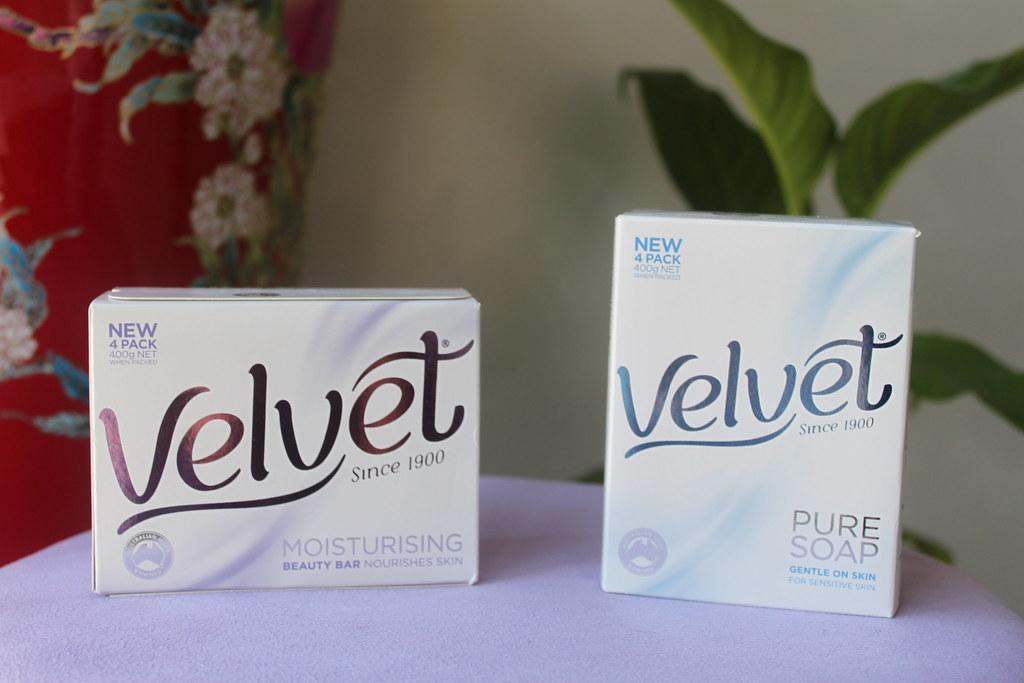 Australian beauty review skin care ausbeautyreview blog aussie Velvet soap liquid bar sorbelene skin care goatsmilk goats milk skin care