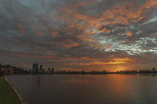 city light sky colour reflection water skyline clouds sunrise river landscape dawn scenery cityscape sony scenic australia wideangle brewery perth alpha westernaustralia swanriver carlzeiss a99 sal1635z variosonnar163528za slta99 stevekphotography