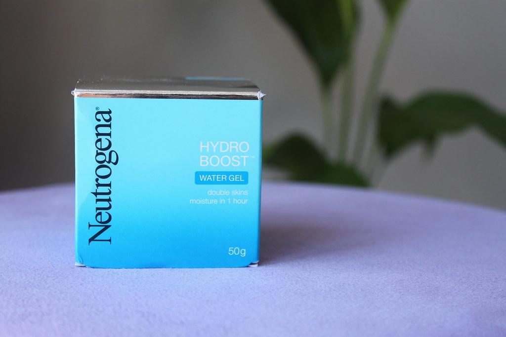 Neutrogena hydro boost water gel face hydrating skin care australian beauty review ausbeautyreview blog blogger soft pretty beautiful honest