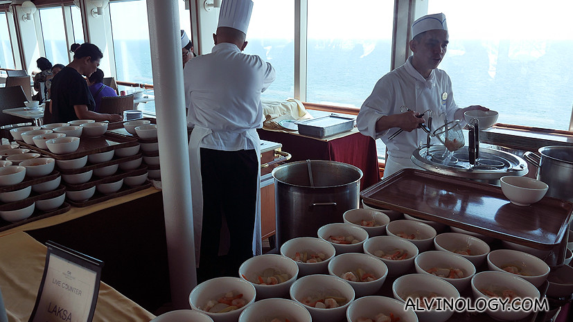 Yes, they serve laksa on board Sapphire Princess!