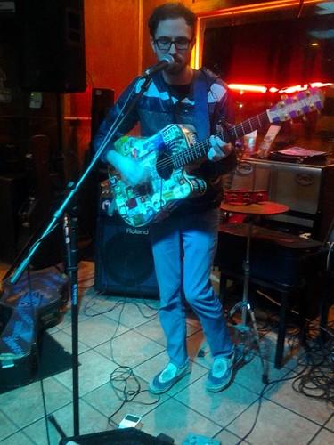 Musicplayer at Chichos (April 7 2014)