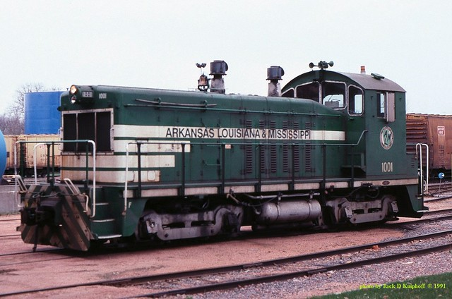 .ALM 1001, NW-2,  Port Edwards, Wisc. 4-20-1999