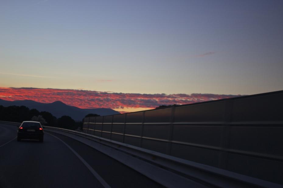 lara-vazquez-mad-lula-style-sunset-lights-inspo