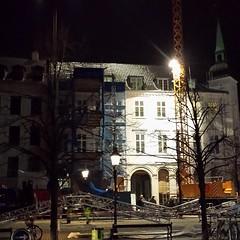 En byggeplads der ikke står stille #murerodense  #murerodense #murværk #mursten #renovering #murer