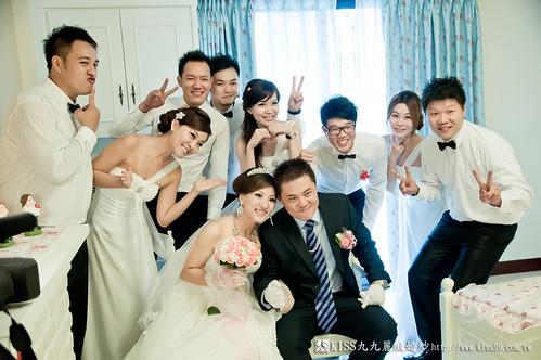 【高雄婚禮攝影推薦】婚禮婚宴全記錄:kiss99婚紗公司,網友都推薦的結婚幸福推手! (15)