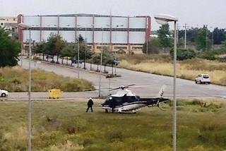 Noicattaro. Elicottero dei Carabinieri nel centro abitato front