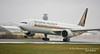 Singapore Airlines Boeing 777-312(ER) B77W (9V-SWP)
