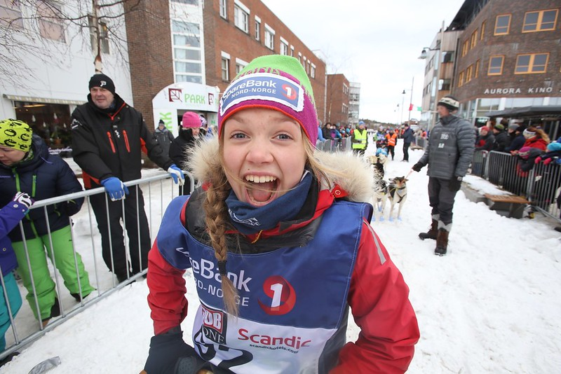 Guro Krempig inn som nummer 3 i juniorklassen i Finnmarksløpet 2015. Foto: Lars Krempig