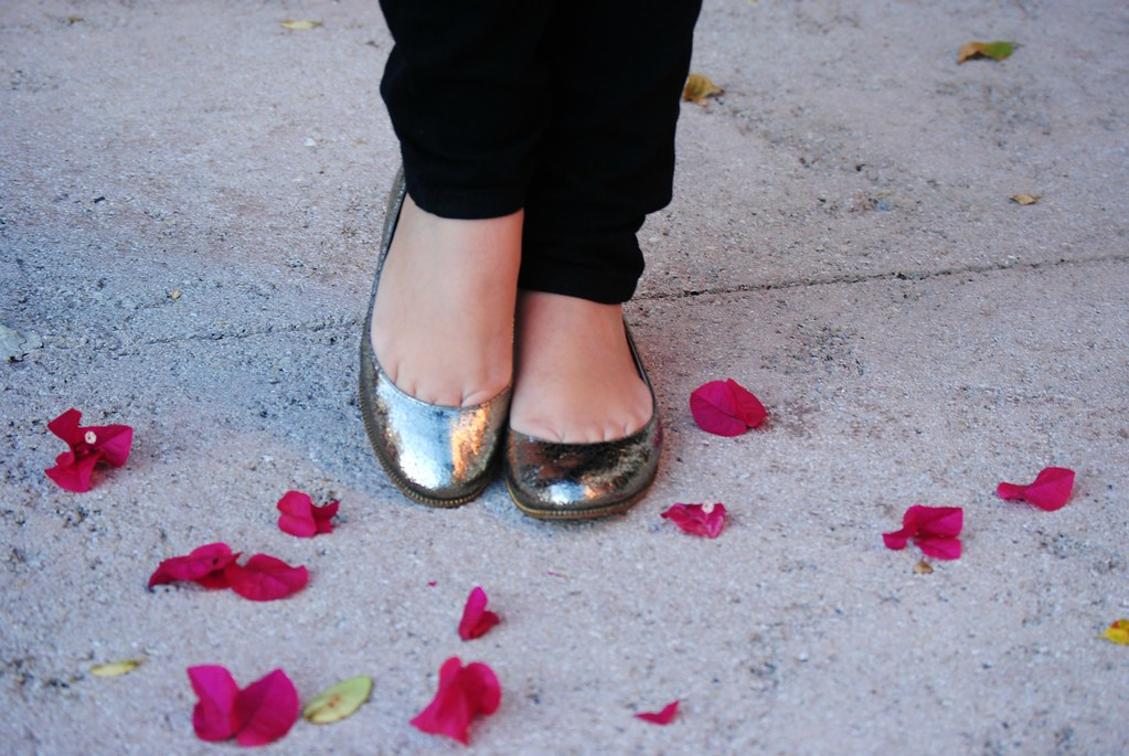 Michael Kors metallic flats