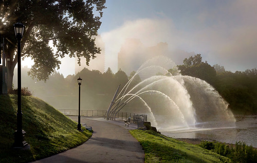 travel trees wallpaper urban panorama mist ontario canada green london fall water fountain fog sunrise landscape dawn downtown day lightanddark artisitic londonont nicelight canonef24105mmf4lisusm 3exp canon6d