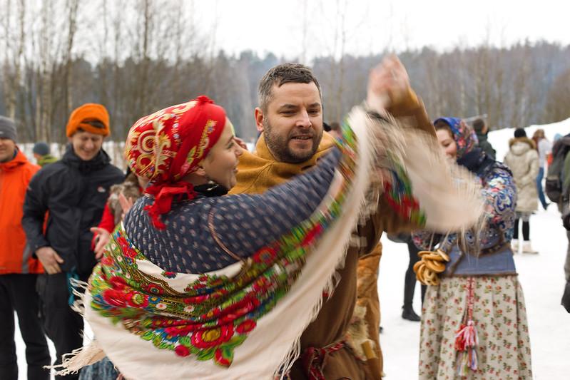 Масляница_цыганские танцы