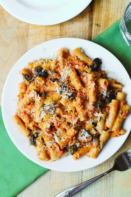 gluten free pasta recipe, gluten free Italian dish, mushroom pasta