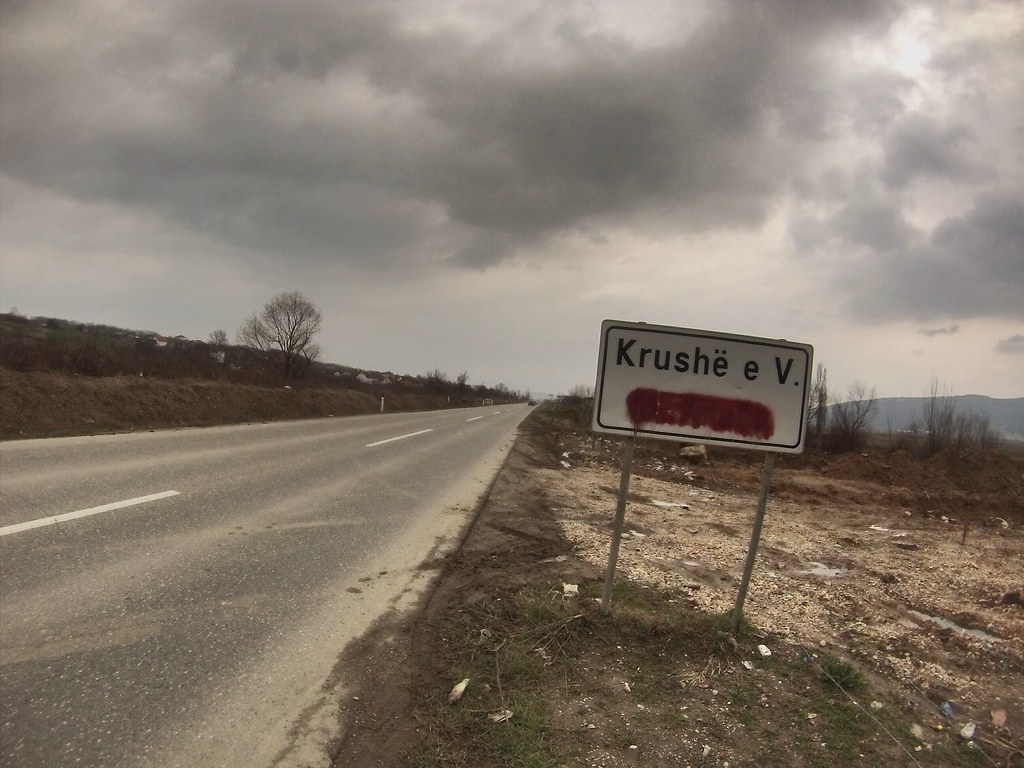 Kosovo, road sign