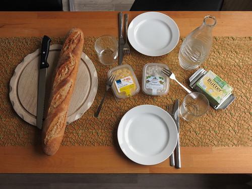 Baguette mit Eiersalat und Fleischsalat