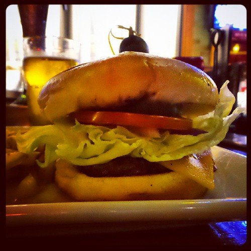 @RockBottomBrewery was offering a Classic RB burger and a pint for just $10 tonight... #Yum!