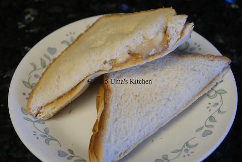 Peanut butter banana sandwich 4