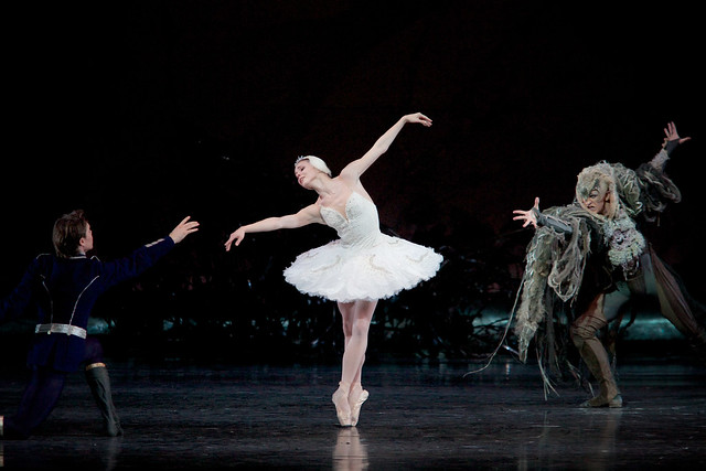 Matthew Golding as Prince Siegfried, Natalia Osipova as Odette and Gary Avis as Von Rothbart in Swan Lake. © ROH 2015. Photo by Alice Pennefather 2015