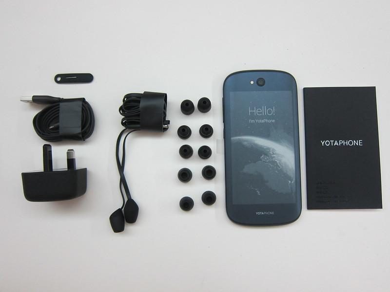 YotaPhone 2 - Box Contents