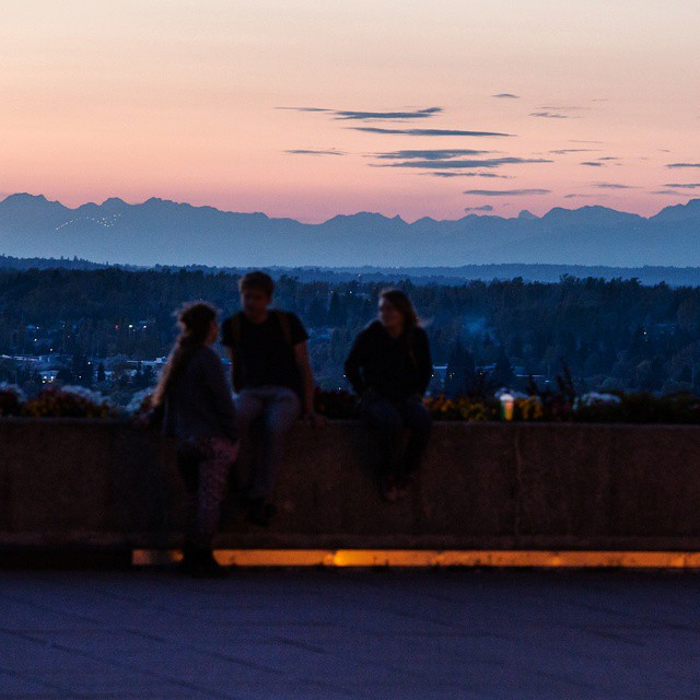 If you missed last night's sunset, there should be another one tonight, too.  Photo by @rrhys.