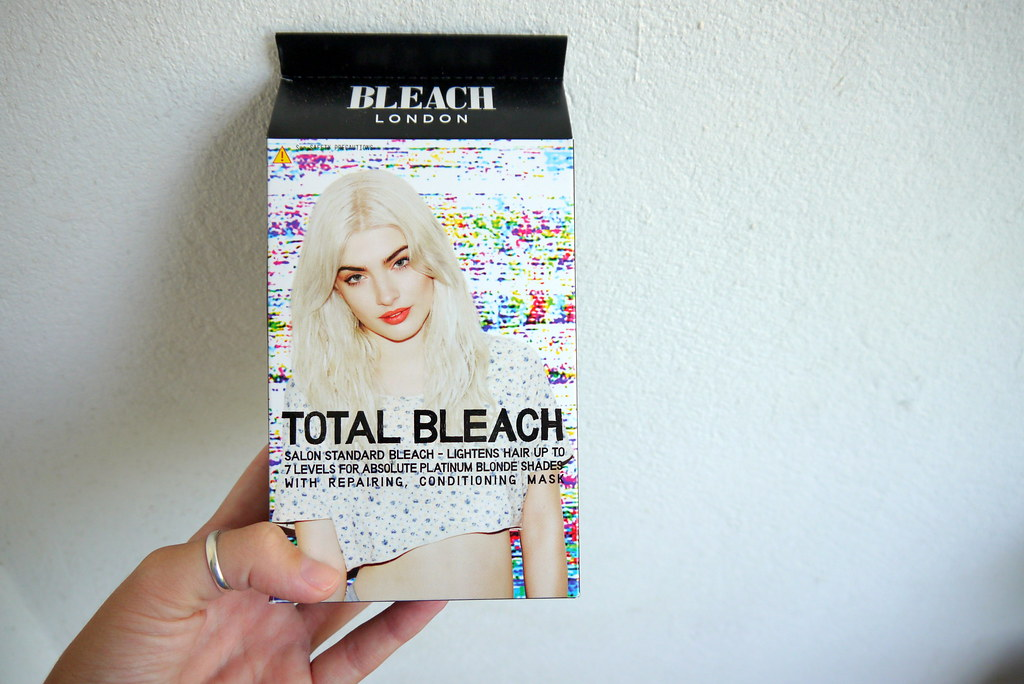 Bleached hair, aftercare etc // Kirsty WearsBleached hair, aftercare etc // Kirsty Wears