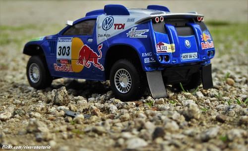 Ixo 1/43 VW Race Touareg 2 (Dakar 2010)