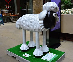 London Shaun In The City, Ruffles By Deborah Wilding