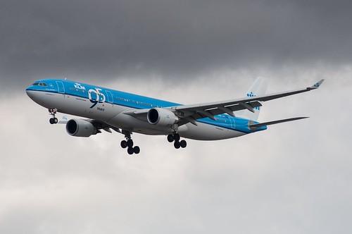 A333 - Airbus A330-303