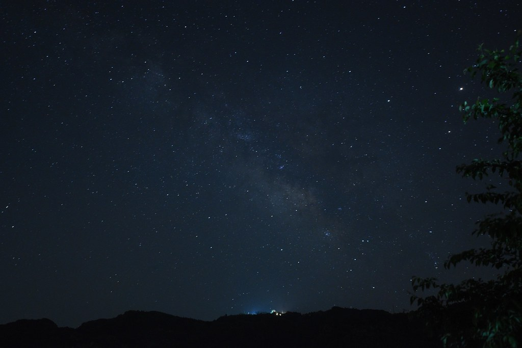 標準レンズの画角を意識した20mmでの天の川