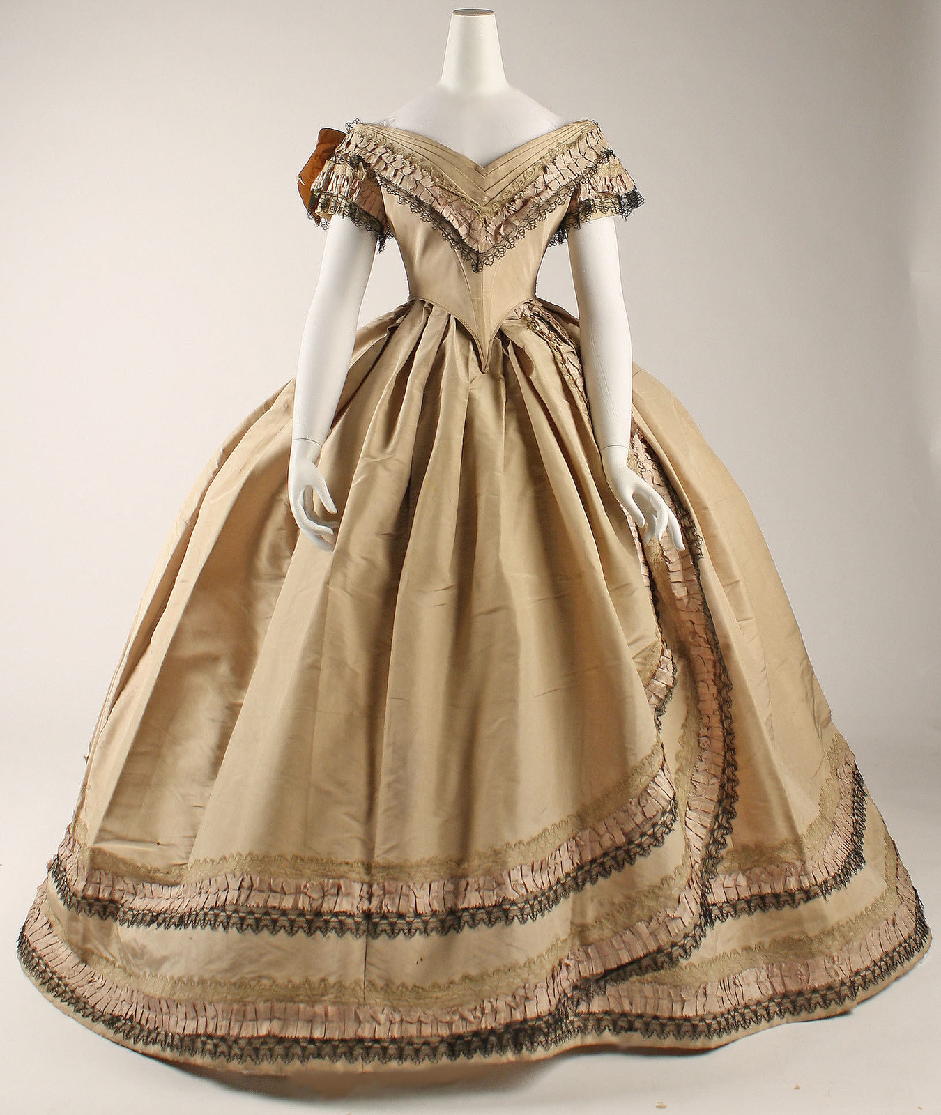 1860-64, British, silk. metmuseum