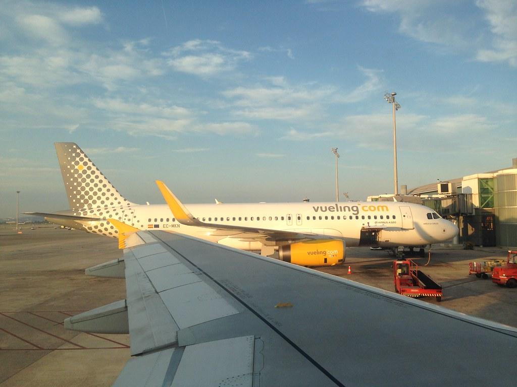 Image result for aeropuerto barcelona-el prat vueling