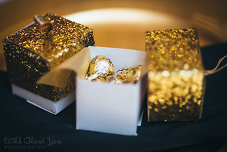gold glitter favor boxes