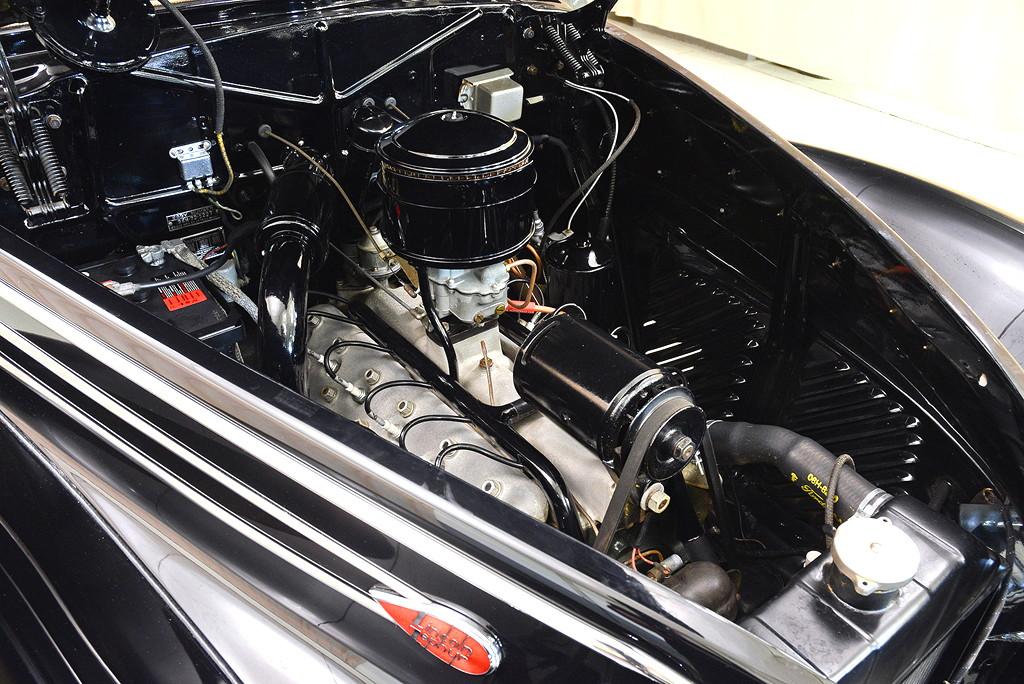39008_G Lincoln Zephyr V12 3SPD Coupe_Black