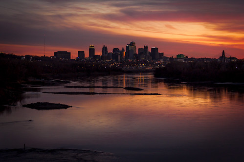 bridge sunset skyline river lights evening downtown dusk jetty mo kansascity missouri bond missouririver chouteau