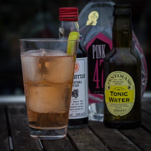 Pink Gin & Tonic