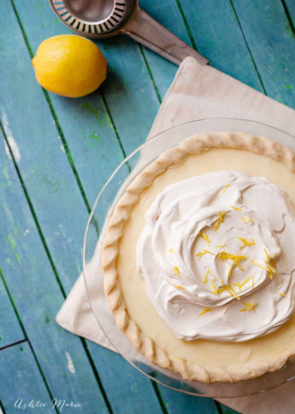 the most delicious pie ever, this sour cream lemon pie is creamy and tart with an amazing texture and flavor