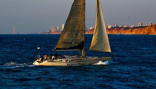 light sea beach weather sailboat canon landscape golden israel sailing seascapes view telephoto canondslr goldenhour telephotolens canon70200f4l greatweather hertzelia goldenhours hertzeliabeach canon600d canont3i canonkiss5 sailingathertzeliabeach