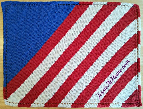 Free-Knit-Pattern-Patriotic-Placemat-by-Jessie-At-Home