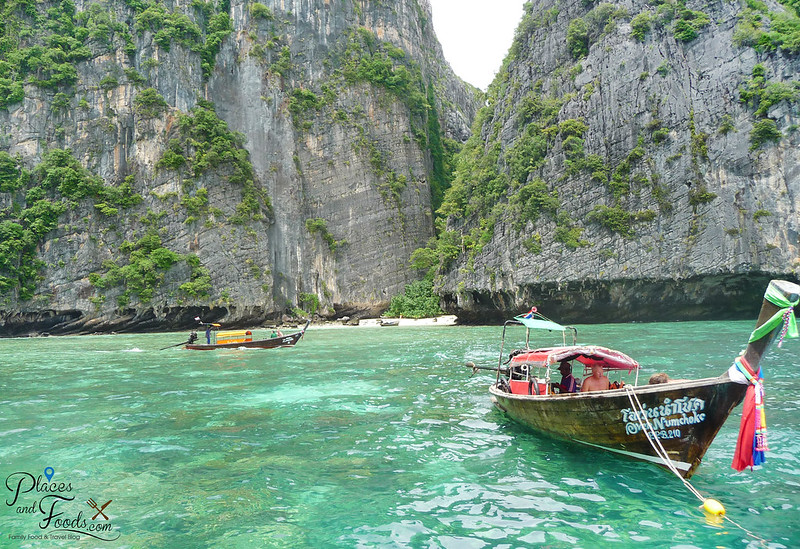 pileh bay boats scenery