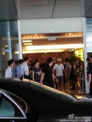 more BIGBANG arrival Shenzhen 2015-08-07 (33)