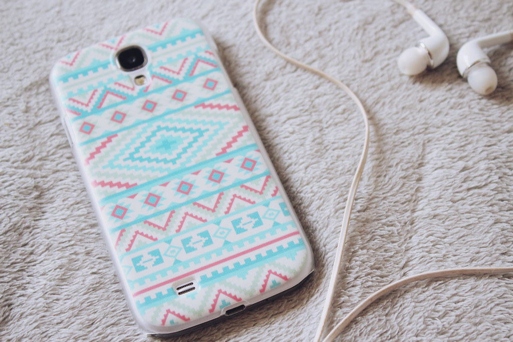 aztec print phone case