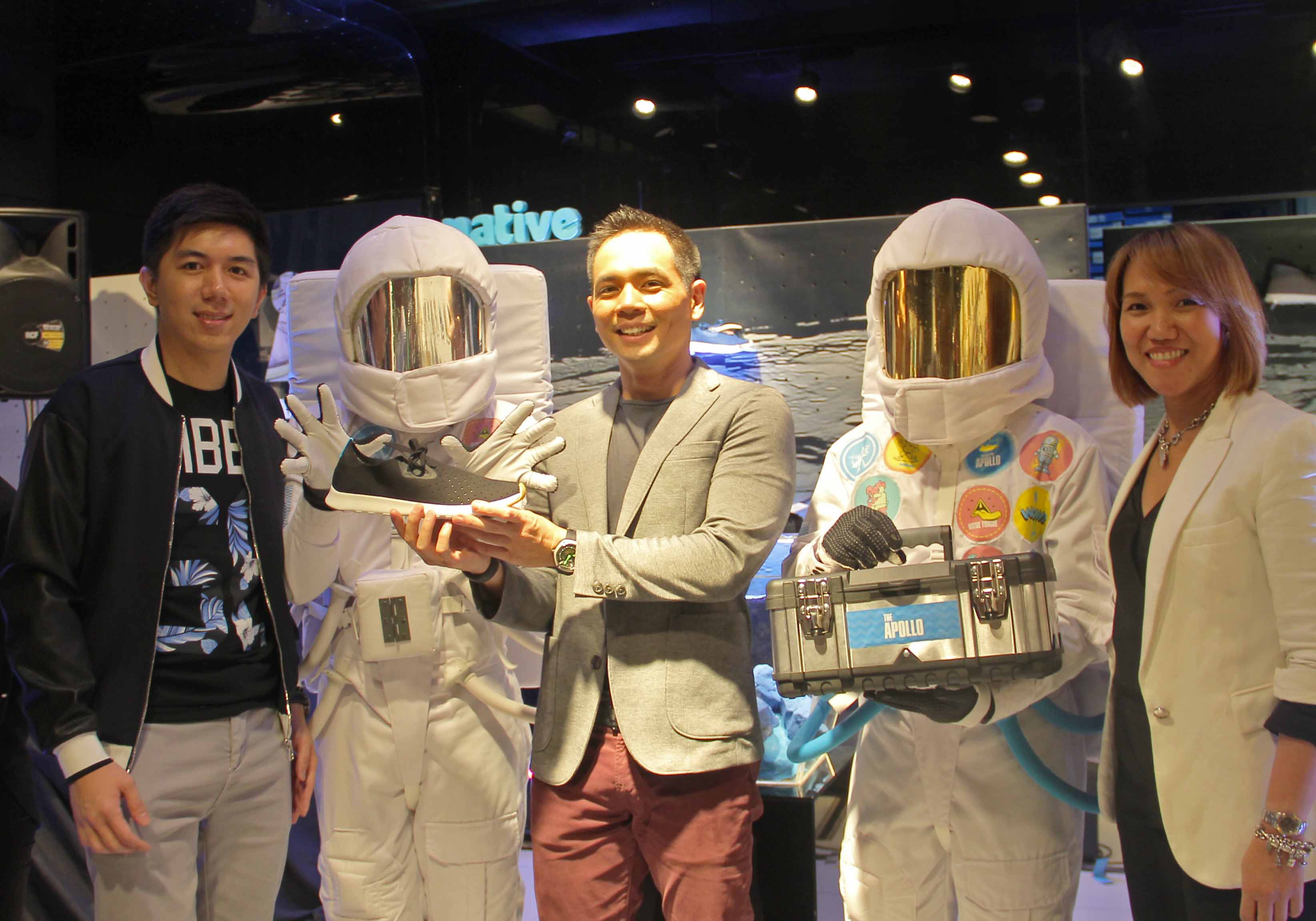 Native's Brand Executive PJ Chua, Host Jinno Rufino, and  Primer's AVP-Regional Brand Management Ms Leslie Santos with the Apollo astronauts