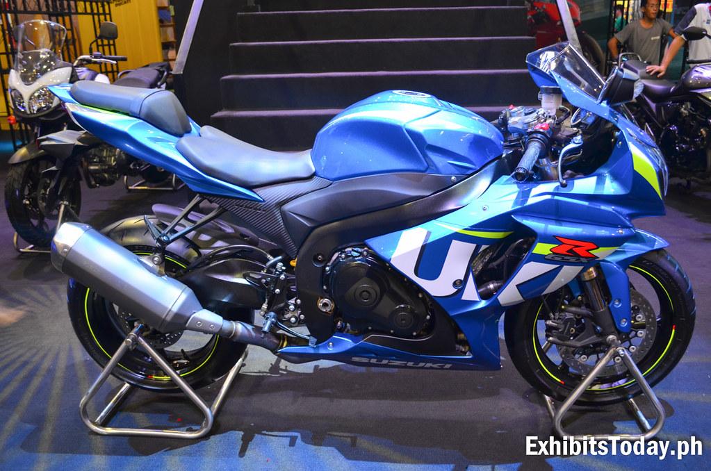 Blue Suzuki GSXR 1000
