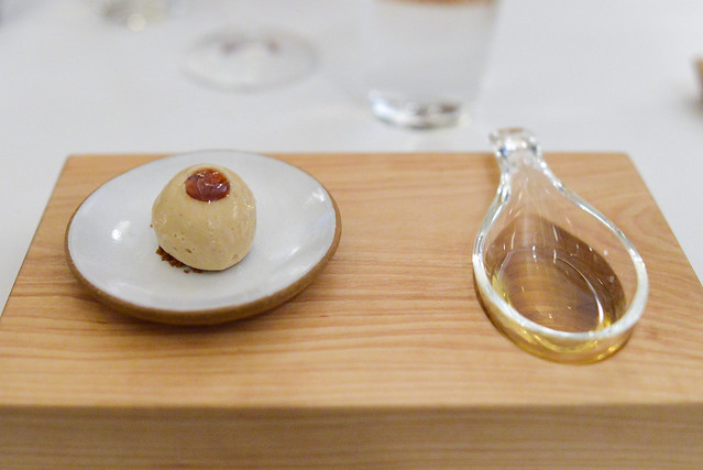 BOTRYTIS sorbet with bitter almond and ginger crumble