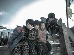 children in the phobjhika valley