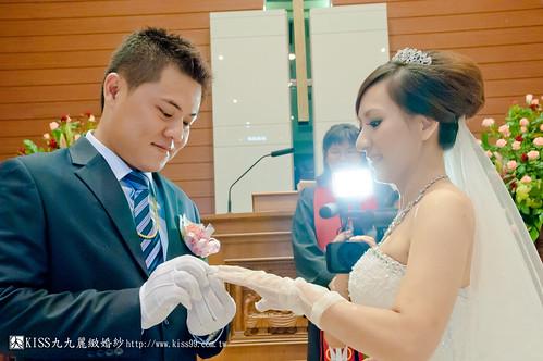 【高雄婚禮攝影推薦】婚禮婚宴全記錄:kiss99婚紗公司,網友都推薦的結婚幸福推手! (19)