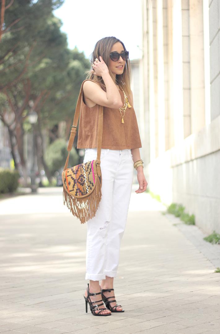 suede top suiteblanco white boyfriend jeans zara fringed purse dayaday 10