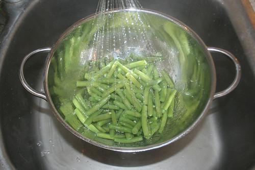 54 - Bohnen kalt abschrecken / Refresh beans with cold water