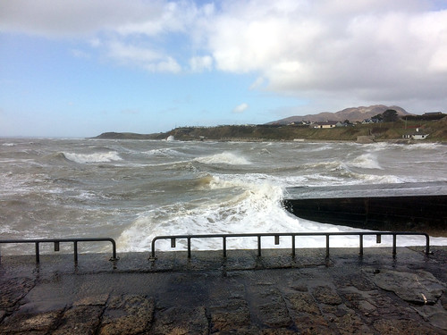 waves giles quay