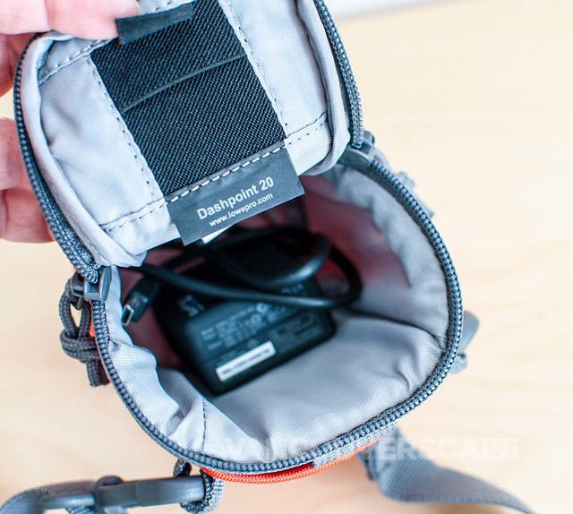 Lowepro Dashpoint 20 camera bag-2